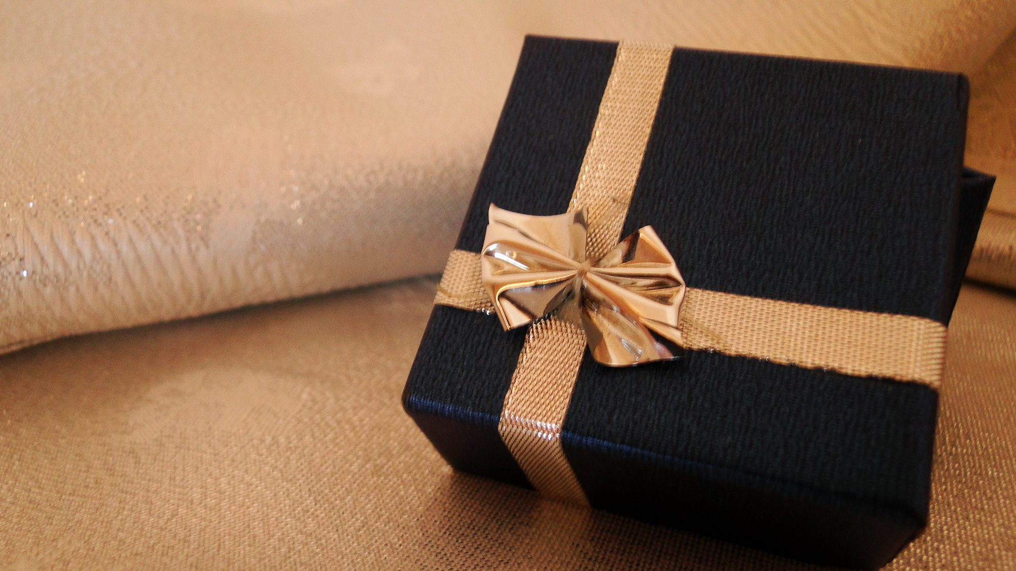 Gifting is meant to be an enjoyable process. Don't let the stress of corporate gifting make you forget that!