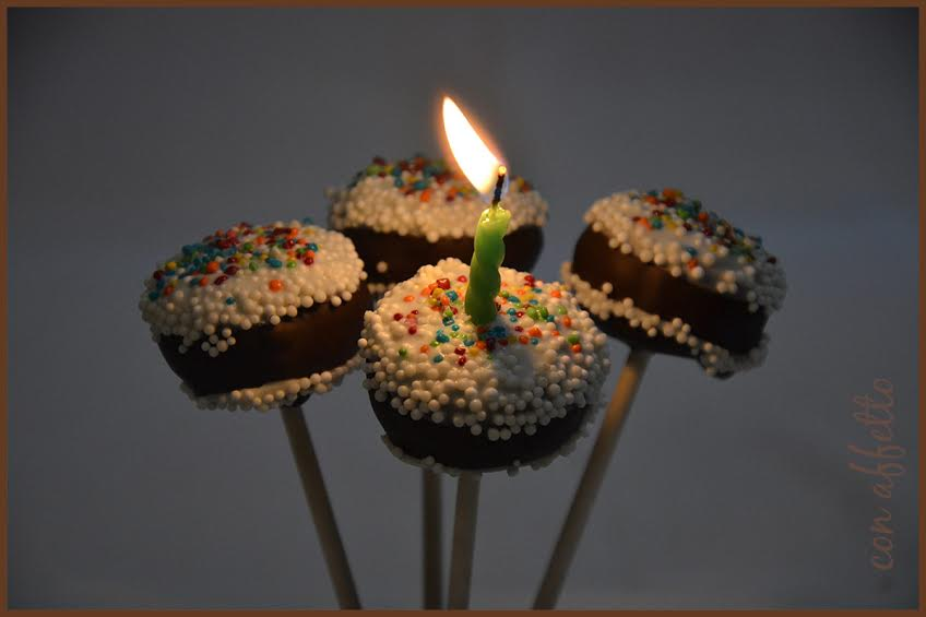 Cake pops are the perfect treat for birthdays; stylish and bite sized fun!