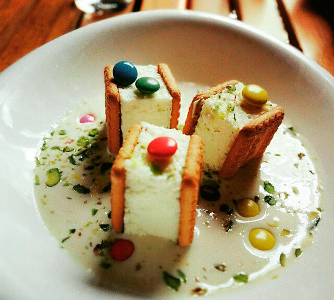 Unique and funky desserts in Delhi, go on a dessert quest with us at Con Affetto for the funkiest desserts in town